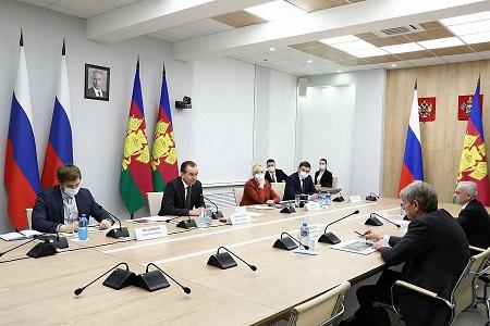 Кондратьев и Галицкий обсудили реконструкцию «Авроры»